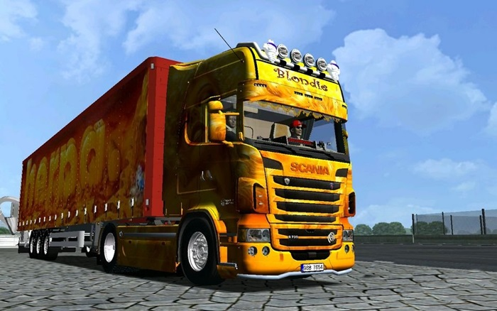 Photo of 18 Wos Haulin – Scania Blondie with trailer