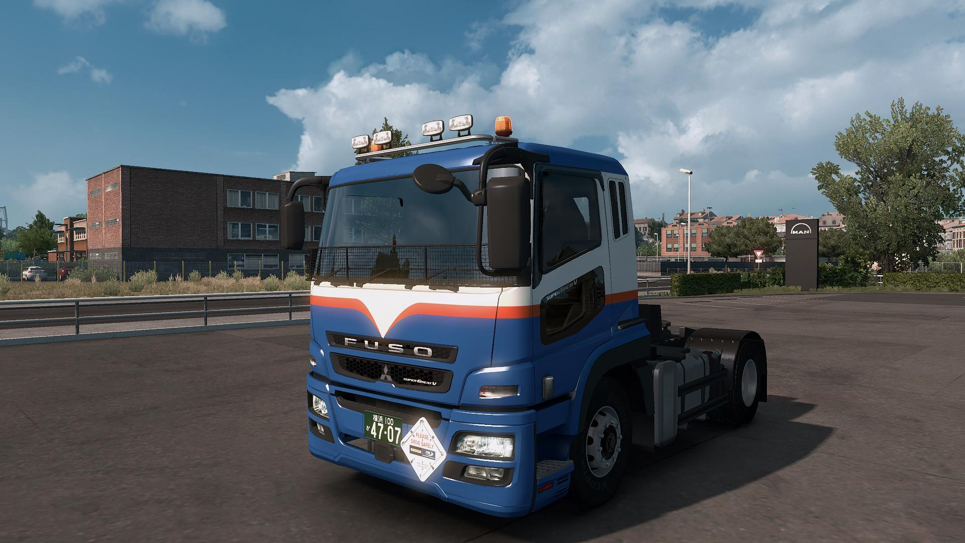 Photo of ETS2- Mitsubishi Fuso Super Great V Beta 1.41 (1.30.x)