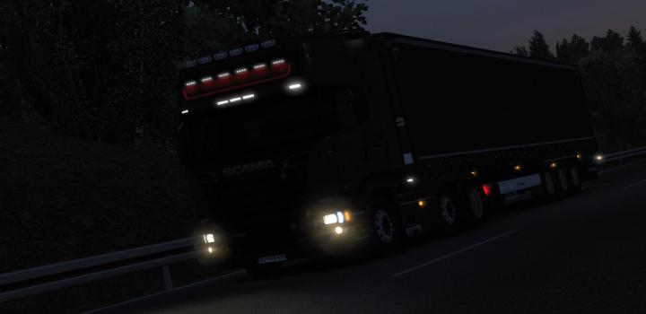 Photo of ETS2 – Realistic Headlights V2.1 (1.38.x)