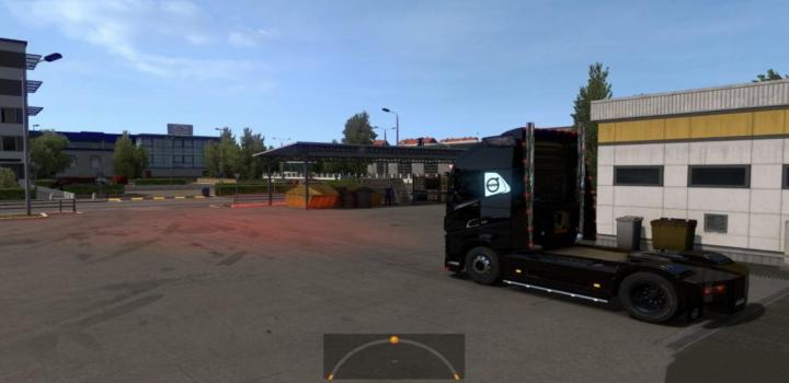 Photo of ETS2 – Volvo Fh2012 – Red Headlights (1.38.x)