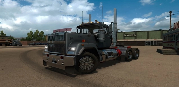 Photo of Classic Truck Traffic Pack V1.0 ATS 1.40