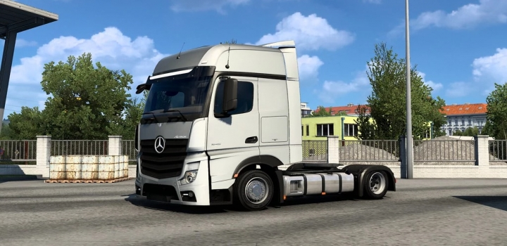 Photo of Low Deck Chassis Addons For Schumis Trucks V4.8.3 ETS2 1.40